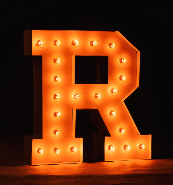 R_marquee-letter_on_bl